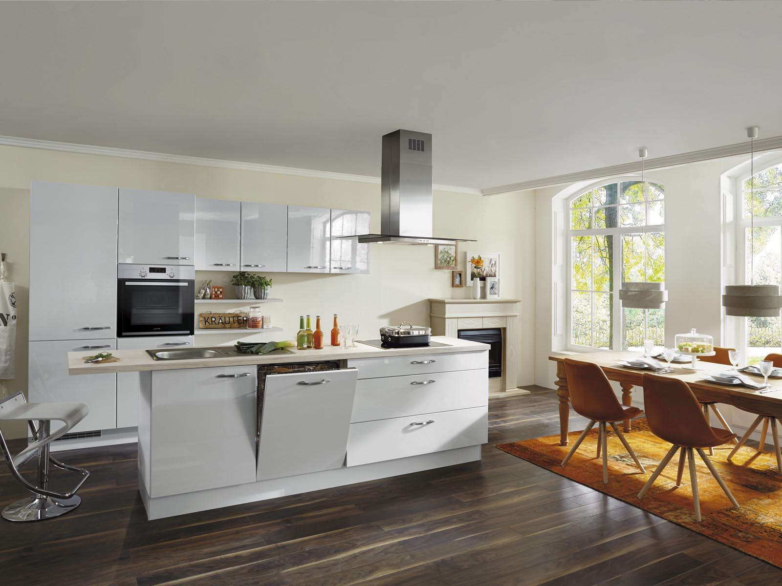 Modern Kitchen Küchentime Lux 819
