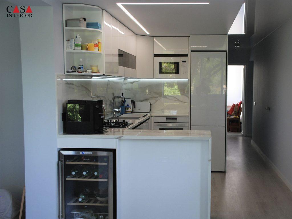 Küchentime Lux XL Alpine White Glossy - Albir